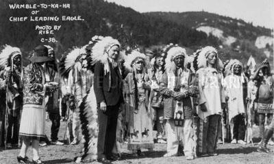 Coolidge-in-headdress_small